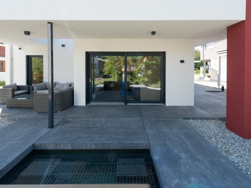 fertighaus von okal haus musterhaus poing. Black Bedroom Furniture Sets. Home Design Ideas
