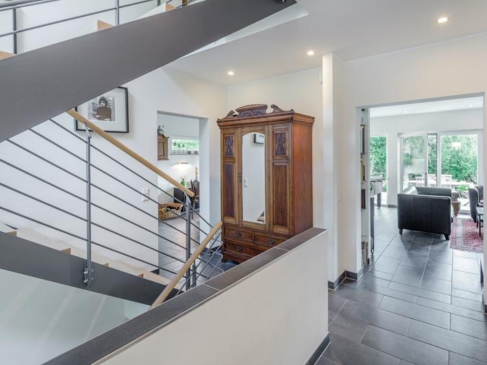 fassade einfamilienhaus walmdach. Black Bedroom Furniture Sets. Home Design Ideas