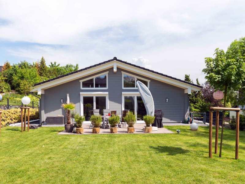 fullwood holzhaus am schwitzelsbach fertighaus. Black Bedroom Furniture Sets. Home Design Ideas